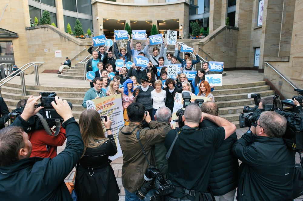 242 Our Future Our Scotland Launch Buchanan Steps 140906-100253-PM-2_1000